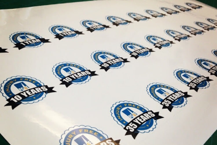 Die cutting stickers printing available in dubai and Abu Dhabi.